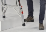 Adjustable feet Telescopic folding ladder