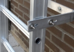 The rungs are deep and are equipped with an anti-slip standing surface