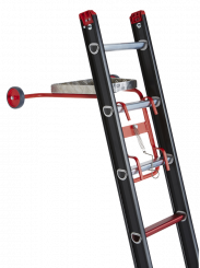 The Wall support with top roller and toolbox