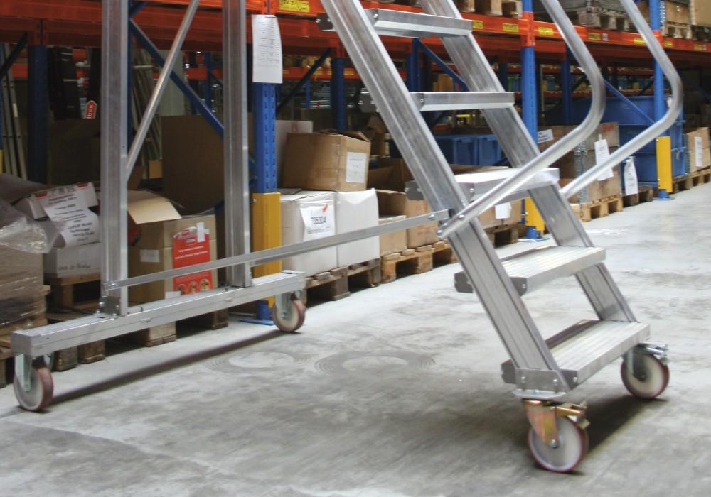 Escaleras de almac n mis altrex sistema modular for Escaleras 45 grados