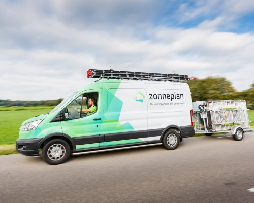 With Zonneplan, the specialist in solar panels, that connection was instantly.